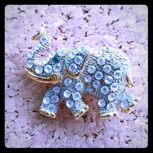 Jewelry - Green Eyed Elephant Rhinestone Pin